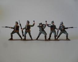 WW121